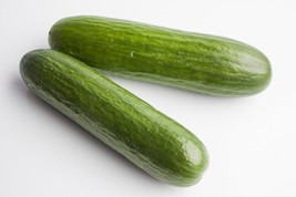 Cucumber Straight 8/Straight Eight Heirloom Vegetable 25 Seeds - $1.77