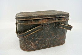 Metal Lunch Pail Sewing Box Antique Rusty Farmhouse Cabin Decor w/ Handles - $24.00