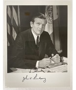 John Lindsay Signed Autographed Glossy 8x10 Photo - $29.99