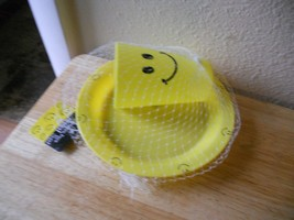 Happy Face Smile  2 pc Set Plate Cup New Plastic Yellow - $7.30