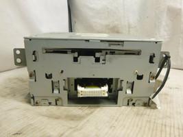 04 05 Mitsubishi Endeavor Radio Cd Mechanism MN141260 Bulk 633 - $37.78