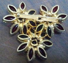 Vintage Glass Round & Navette Cabochon Floral Brooch Demi Set image 3