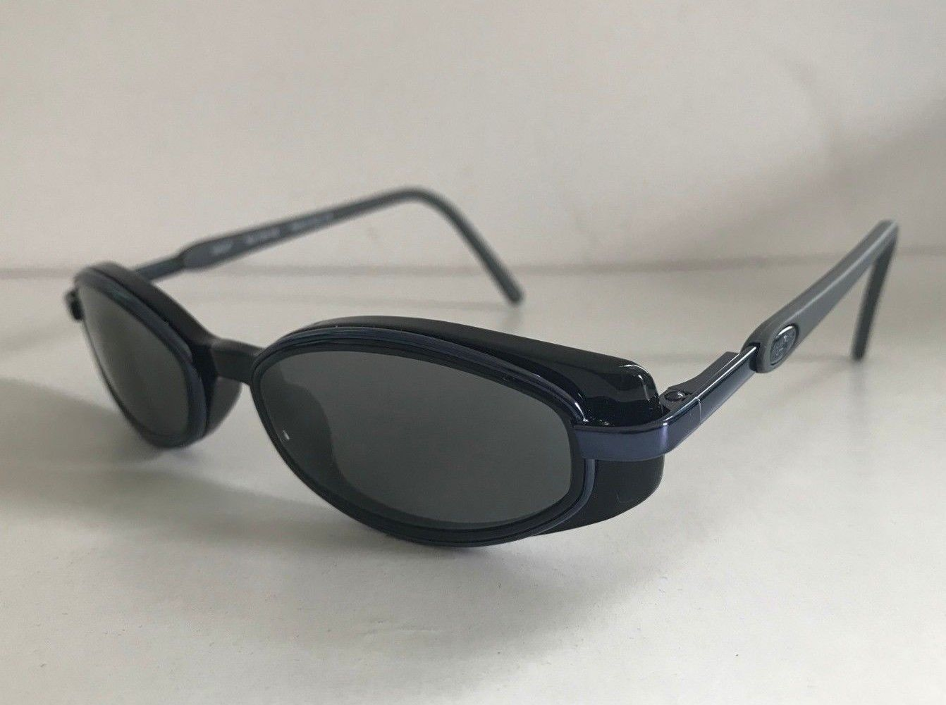 Maui Jim MJ-124-02 Mirror Lenses Designer Sunglasses with Case
