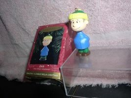 Peanuts Linus full body  Miniature  Hallmark Keepsake Ornament - $21.99