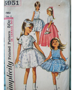 Simplicity 5951 Vintage 60s Pattern Flower Girl Size 6 Party Dress - $16.95
