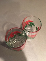 Vintage 70s Red Poinsettia and Green leaves Christmas cocktail glasses image 4