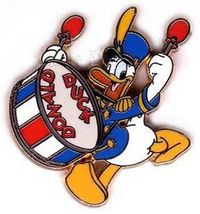 Disney Donald Duck Drummer retired red white and blue  pin/Pins - $15.47