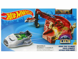 Hot Wheels City Road Trip To Mars Playset With Die Cast Car Alien Missio... - $25.62