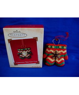 Hallmark Christmas Ornament Tree Gift Clip Mittens 2003 - $14.99