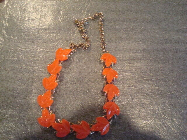 Vintage Bright Orange Lucite Leaf Necklace Bracelet Demi Parure GT Poss Coro?