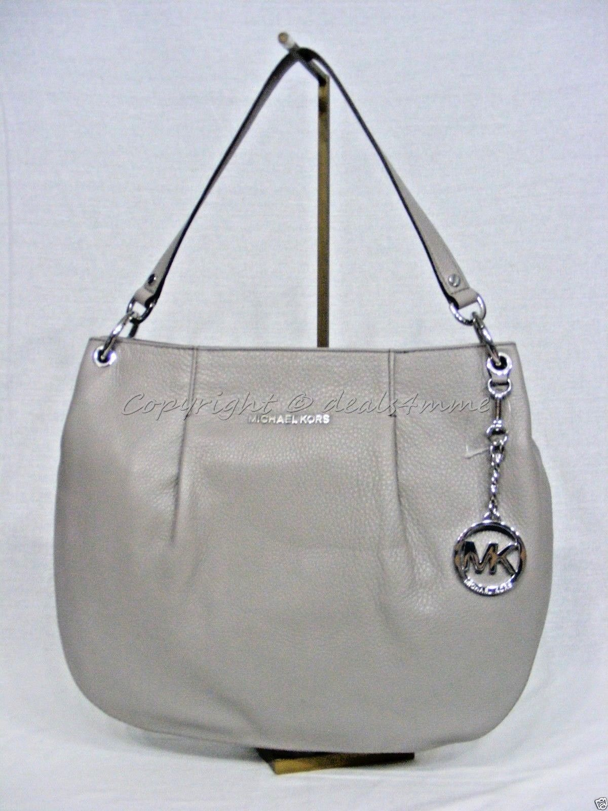 66dd22c2668bd NWT MICHAEL Michael Kors Bedford Large and 29 similar items. S l1600
