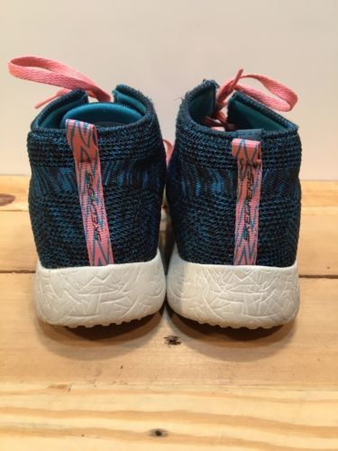 Women's Skechers Skech-Knit Black/Teal/White Air-Cooled Memory Foam Shoes Size 7
