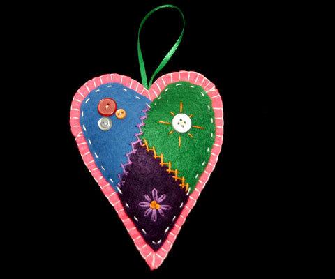 Orn felt heart01