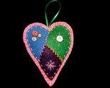 Orn felt heart01 thumb155 crop
