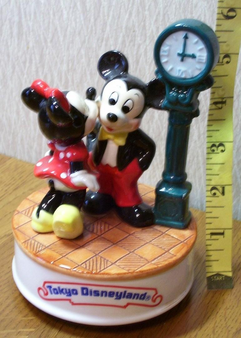 Disney music box  1