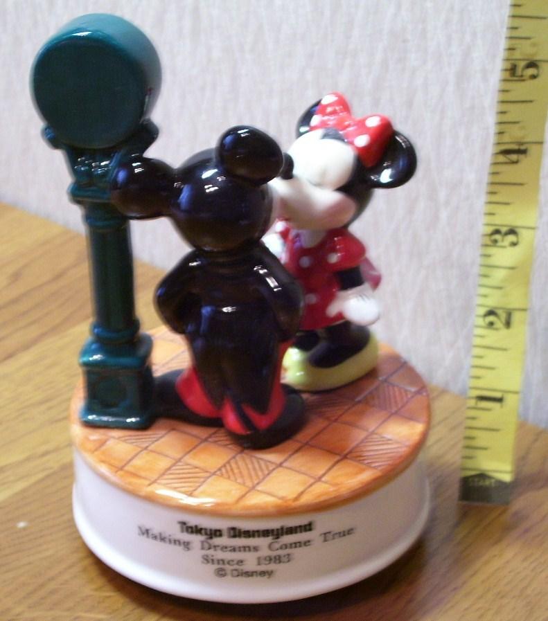 Mickey & Minnie Mouse Tokyo Disneyland Music Box