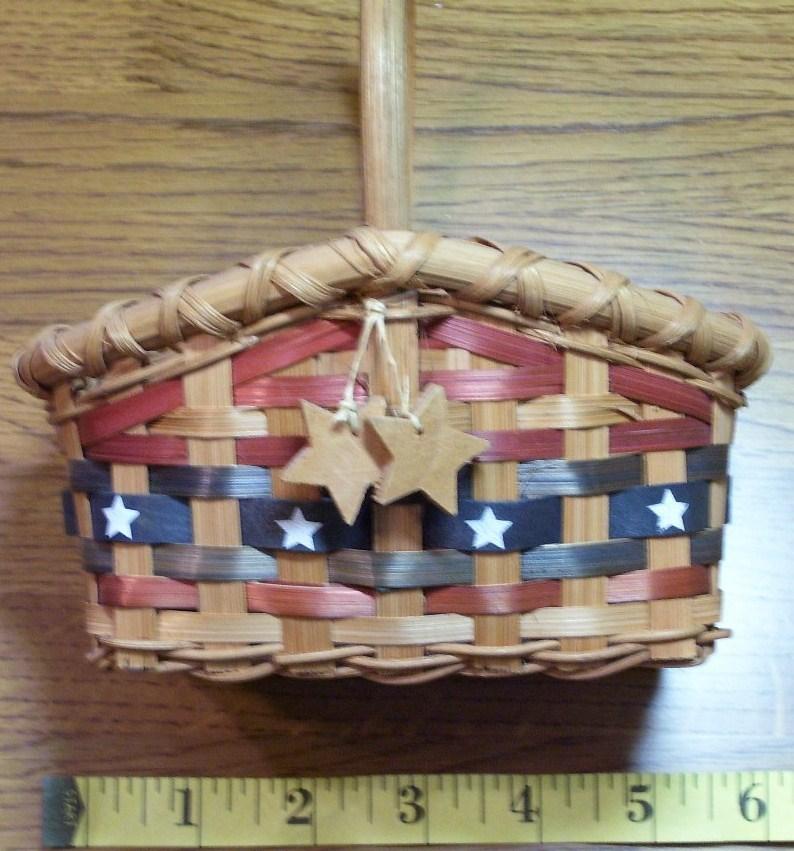 Patriotic basket  1