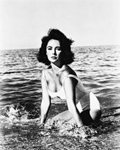 Suddenly Last Summer Elizabeth Taylor 16x20 Canvas Giclee - $69.99