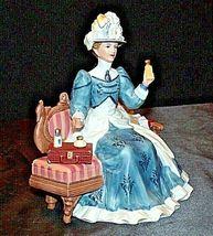 Miss Albee Award Figurine with Box Avon AA20-2155 Vintage image 5