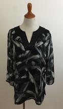 JM Collection Beaded V-Neck Gray Black White Brushstroke Blouse sz 14 - $19.79