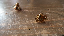 Vintage Small Gold Tone BEE Lapel Pin 0.7cm - $9.89
