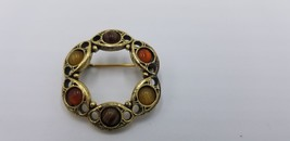 Vintage 1960-70s Gold Tone Pin / Brooch Circular With Different Color Stones - $9.62