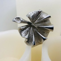 Vintage Silvertone Leaf Signed By Sarah Coventry Brooch/Pin - $6.92