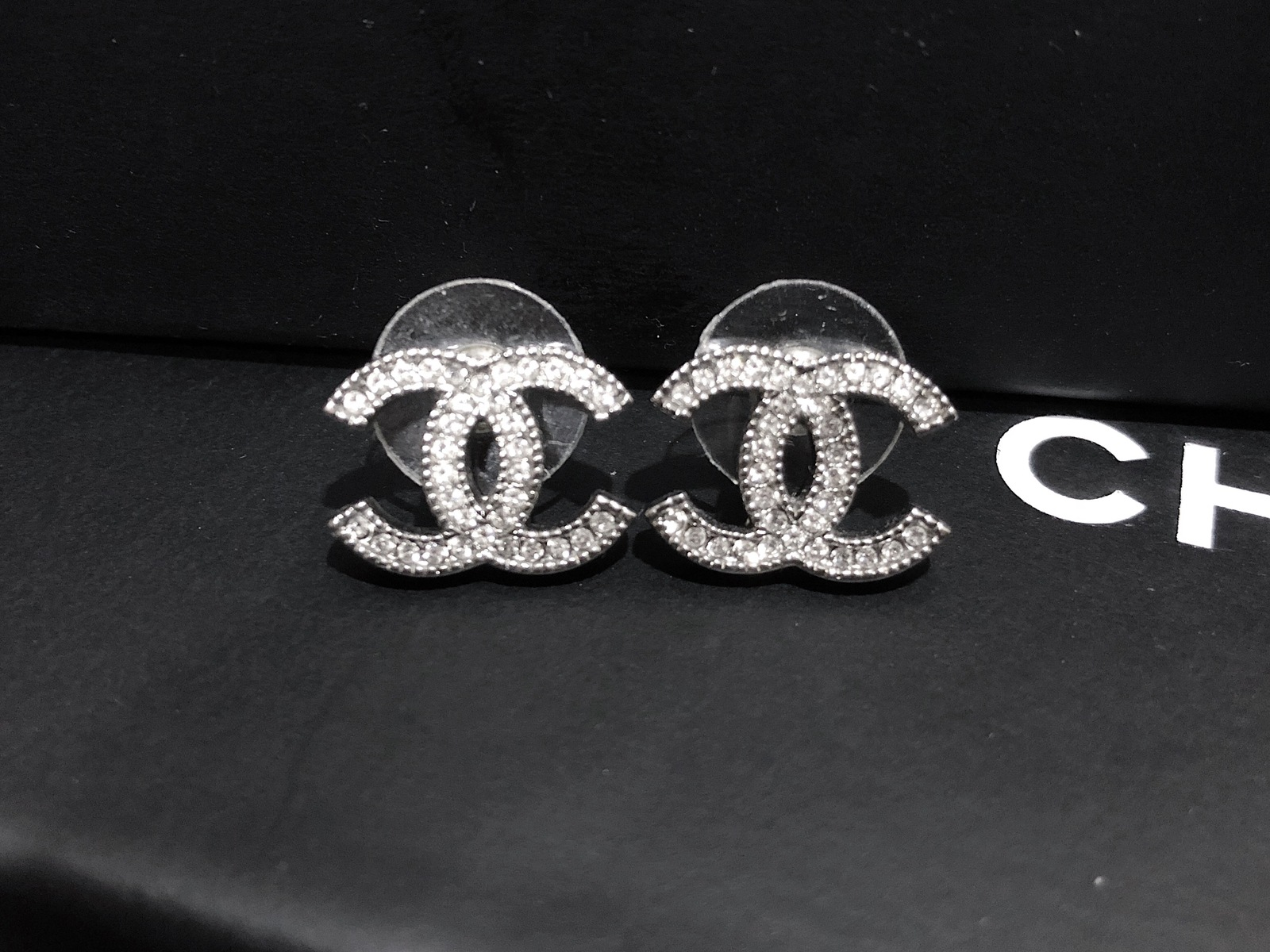 Authentic Chanel Classic Strass Crystal Cc Logo Stud