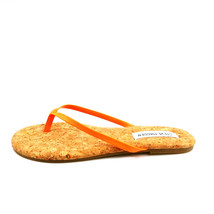 Steve Madden Womens Tay Flip Flop Thong Sandals Orange Neon 6M - $39.59