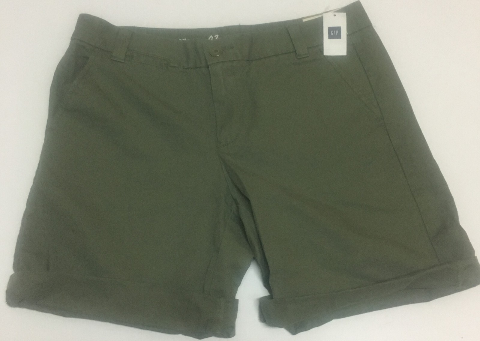GAP Boyfriend Roll Up Shorts Khaki Green Sz 02 (30W)