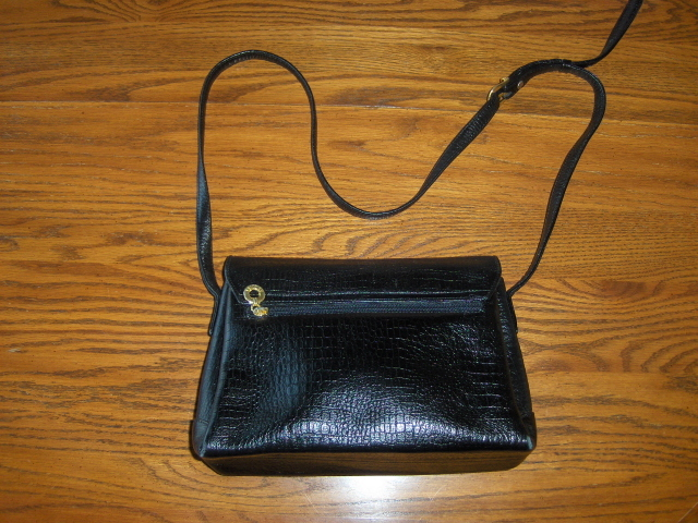 Esquire Shoulder Bag  Purse Black Leather Handbag Croc Detail Adjustable Strap
