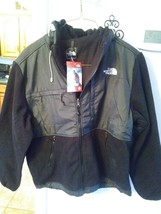 The North Face Denali Fleece Hooded Jacket . Size-L New With Tags - $89.99