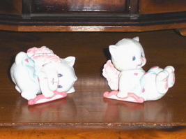 1988 Kitty Cat Angel Cupids Figurines Cake Topper - $12.97