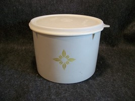 Tupperware 265 Beige Stacking Canister with Seal # 228 - $8.99