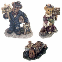 "Boyds Bearly Built Villages ""Mr. Pennypincher's Collectible Shop Acess"" ... - $11.99"