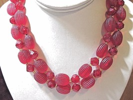 PLASTIC VINTAGE MIDCENTURY RED OVAL SHAPES RIBBED RED BEADS OLD TEXTURED... - $28.00