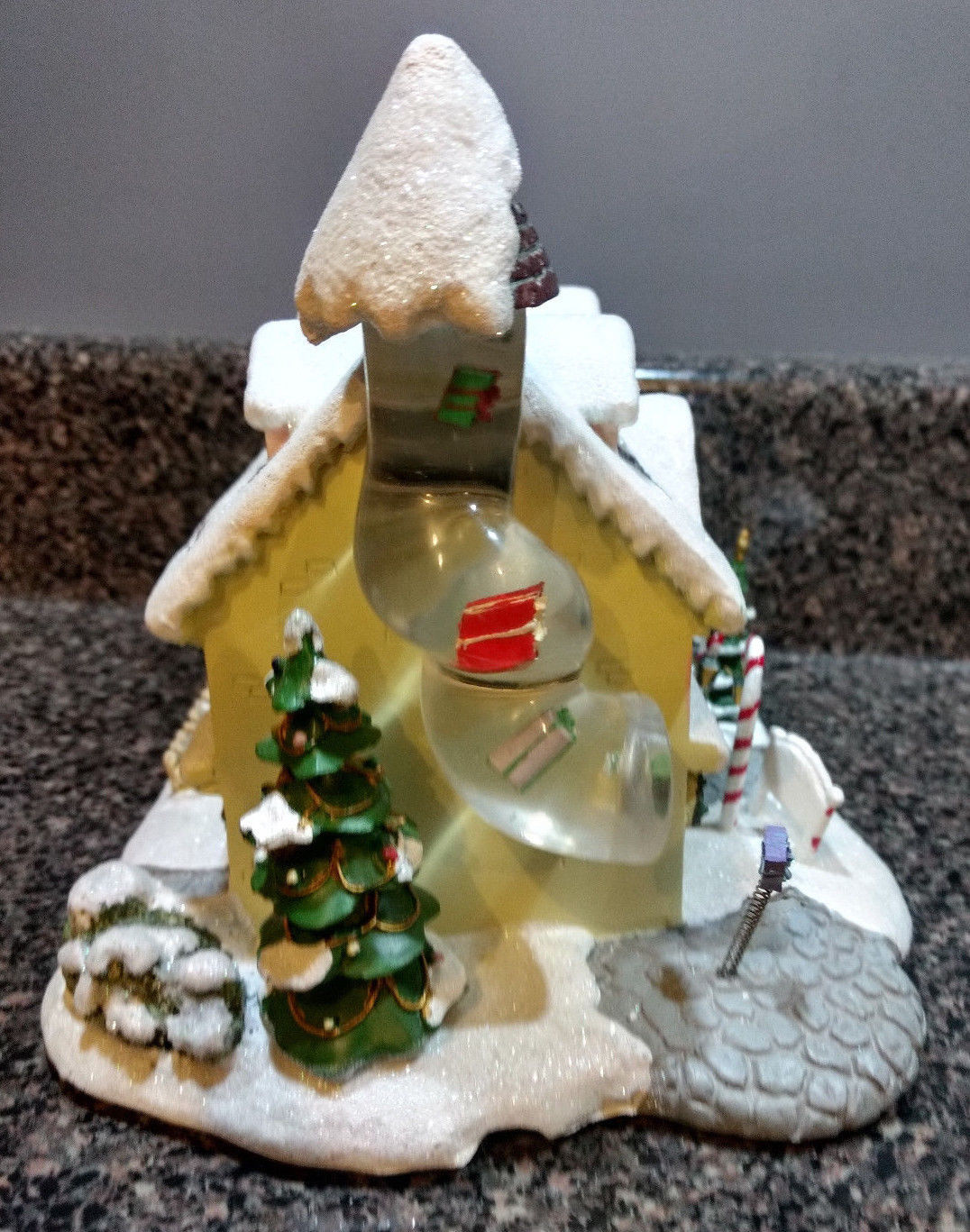 Santa's Toy Workshop - Hawthorne Village W/ Certificate