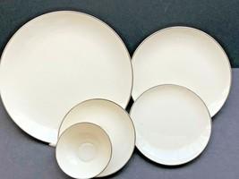 Franciscan Masterpiece Moon Glow Platinum 5-Pcs Dinner setting Plates Cup Saucer - $29.70