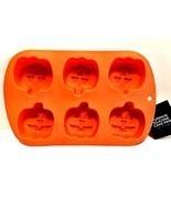 Pumpkin Jack-O-Lantern Silicone Muffin Cake Pan Six Halloween Cupcakes - £11.10 GBP