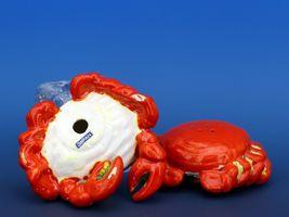 Vintage Novelty Salt & Pepper Shaker Set Norcrest China Crabs image 3