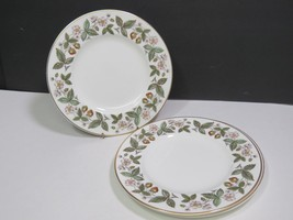 """Lot of 3 Wedgwood Strawberry Hill Fine China Salad Lunch 8"""" Plates - $23.76"""