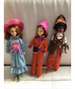 1971 Vintage Hasbro The World Of Love dolls With  Original Clothes - $99.99