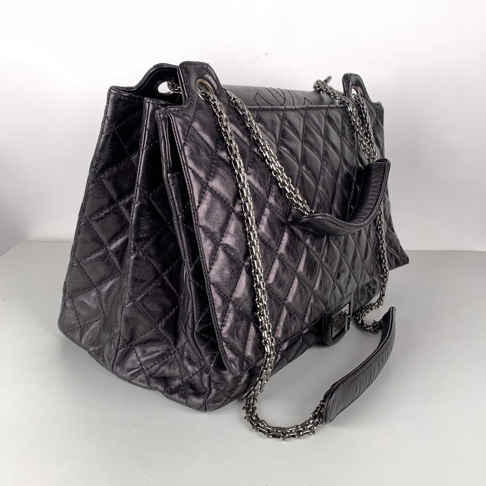 Authentic Chanel Black Quilted Leather Large Reissue 2.55 Accordion Flap Bag image 8