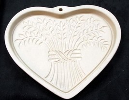 2004 Pampered Chef 'Bountiful Heart' Cookie Mold - No Res. - $9.95
