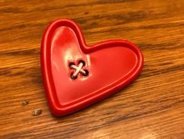 "Hallmark Cards Inc 1989 Red Heart Button Pin  2"" - $8.60"