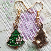EARRINGS              ITEM # 8114         COMBINED SHIPPING - $3.75