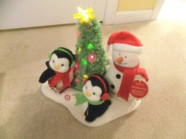 Hallmark Jingle Pals Very Merry Trio Animated Lighted Musical w/Tag - $29.69
