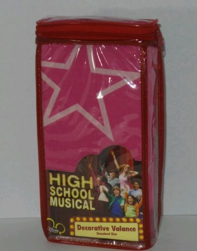 HIGH SCHOOL MUSICAL DECOR VALANCE FLAMING STARBURST SZ 84 in. X 15 in. RN# 22682