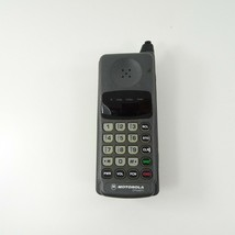 Vintage Motorola Dynasty Flip Cell Phone Model 52117 - $44.99