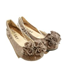 Report Womens Lena  Sz 6.5 Tan Fabric Flower Details Slip On Ballet Flats - $24.99
